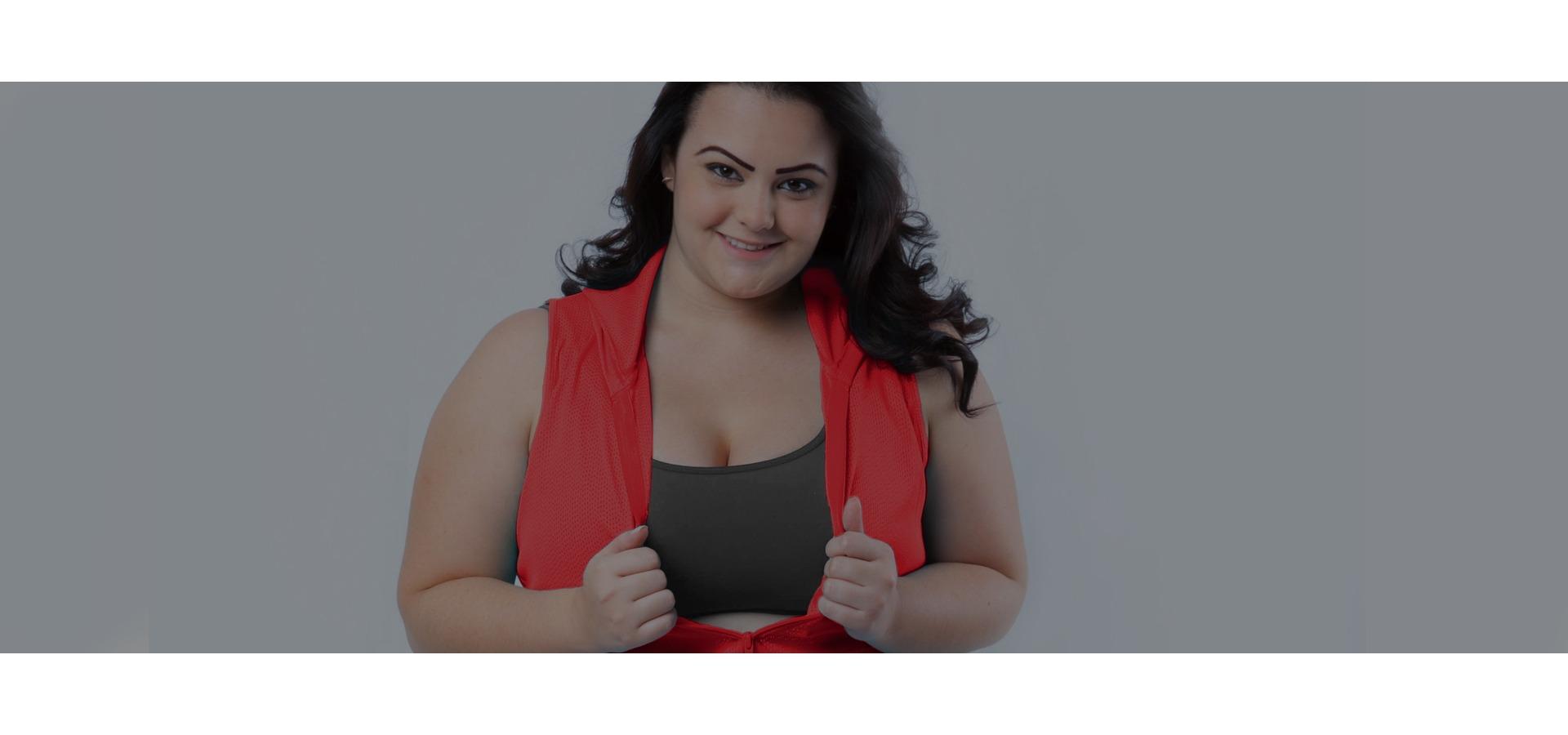 Jaqueta tela com capuz plus size-Vermelho