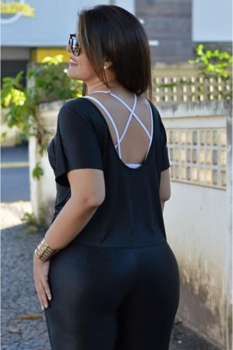 Blusa max decote costas plus size-Preto