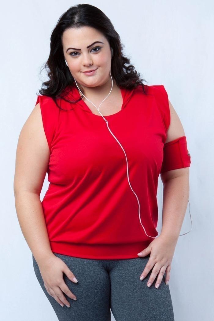 Blusa capuz com abinha plus size-Vermelho
